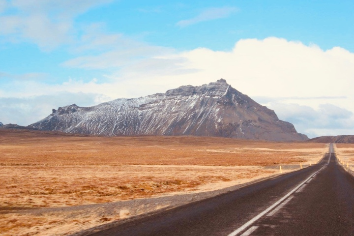 8 Top Tips for Your Iceland Road Trip Adventure